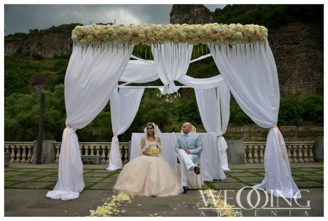 Оформление свадьбы цветами и композициями