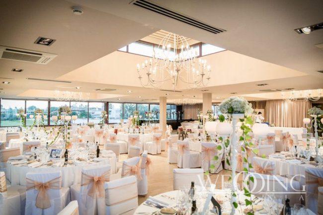 Luxurious Wedding Restaurant Hall