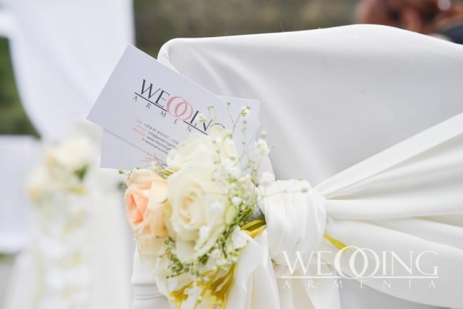 Свадебный банкет на открытой террасе