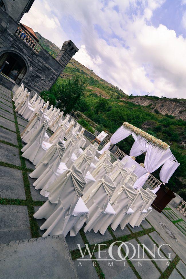 Свадебная церемония под открытым небом